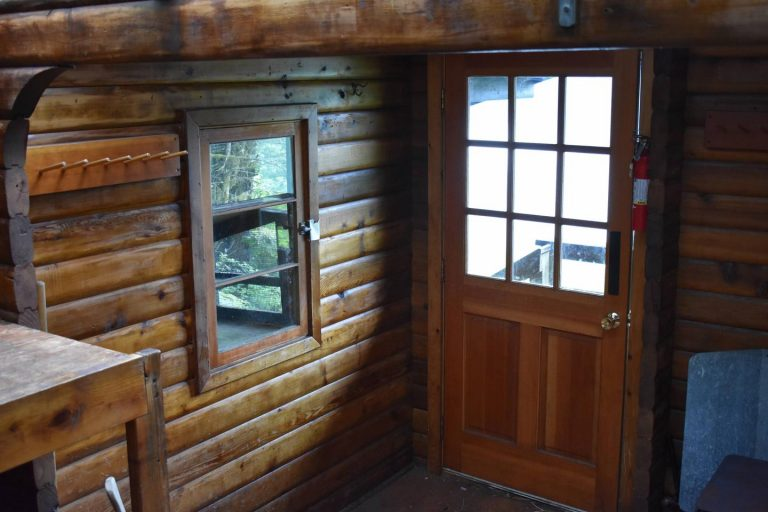 ANCHOR PASS CABIN