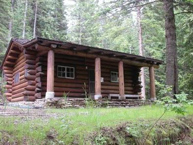 AVERY CREEK CABIN