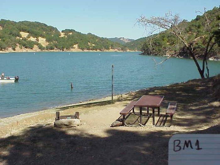 BOAT-IN SITES (LAKE SONOMA)