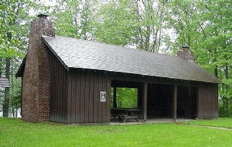 SPEARHEAD POINT SHELTER