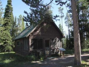 BISHOP MOUNTAIN CABIN