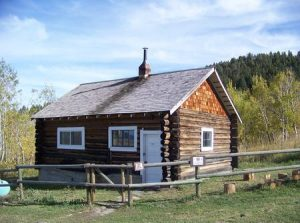 WALL CREEK CABIN
