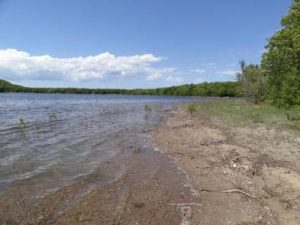 MONOCLE LAKE