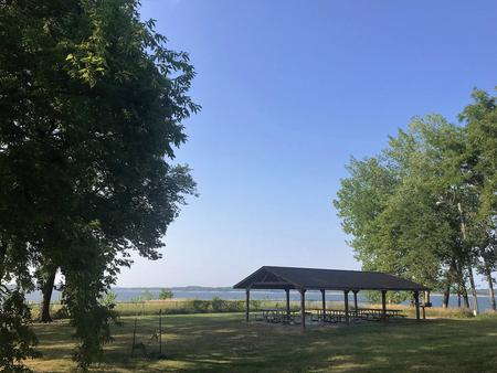WHITEBREAST POINT SHELTER (IA)