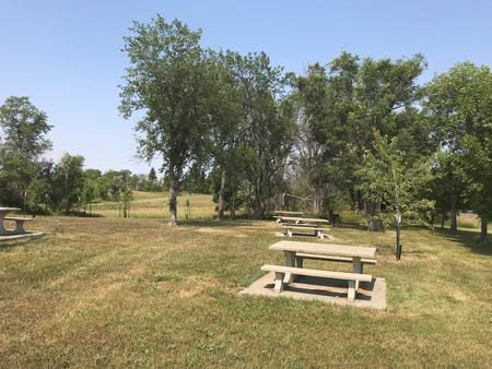 EAST TOTTEN TRAIL CAMPGROUND (ND)
