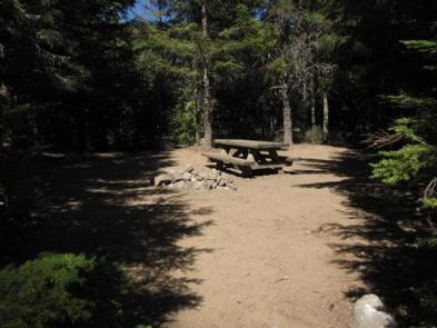 Kinnikinnick (Laurance Lake) Campground